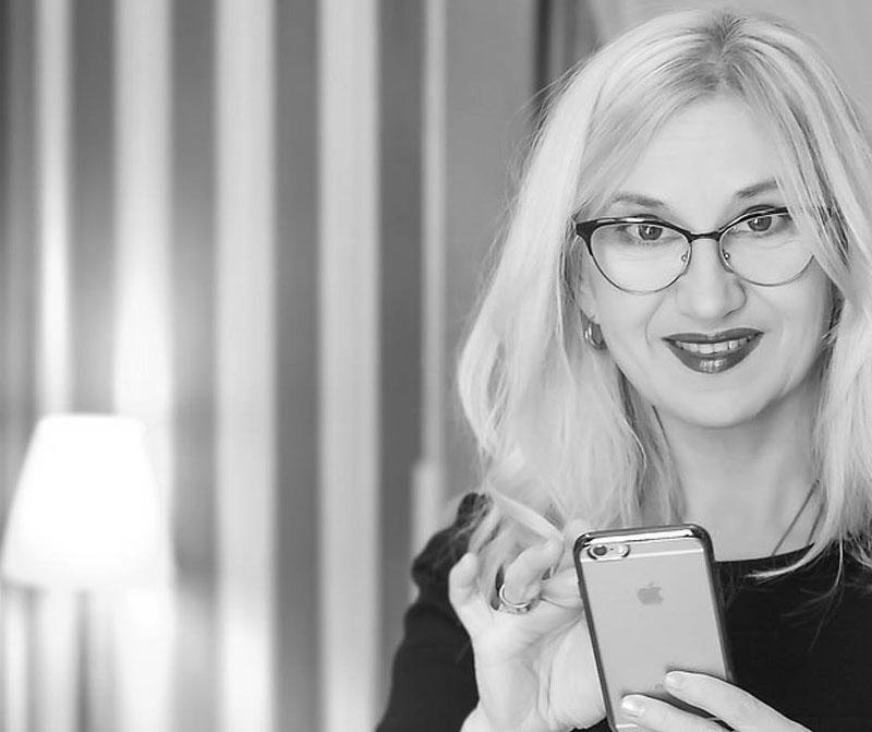 Natālija Gaļuka-Kaušiene: biologs, kosmetologs, ekonomikas zinātņu maģistrs, negatīvo priekšstatu transformācijas meistars, sertificēts beauty koučs.